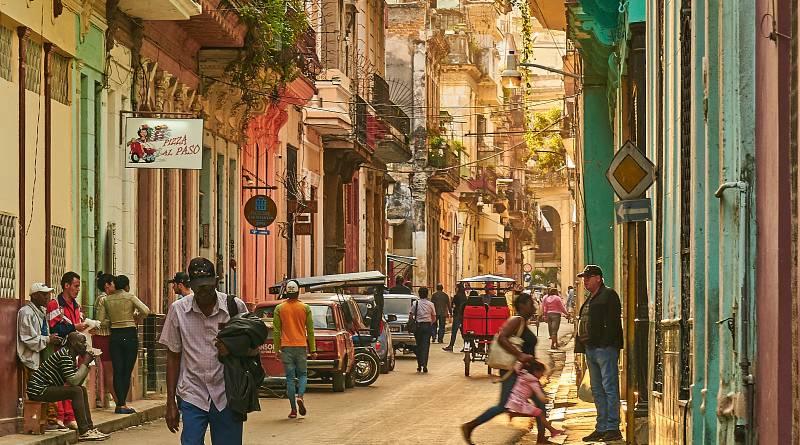 Pedro Szekely, Cuba