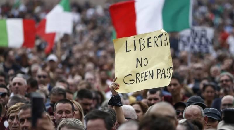 Cosa dicono davvero quelle manifestazioni no Green Pass?